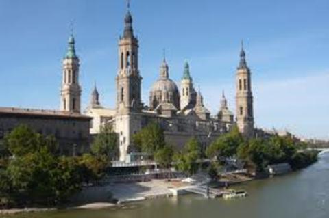 Elefante Azul Valdepeñas - Basílica de Nuestra Señora del Pilar de Zaragoza - Centro de lavado de coches Elefante Azul Valdepeñas
